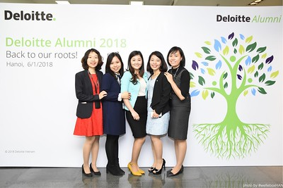 Deloitte-Vietnam-Alumni-photobooth-hanoi-chup-anh-in-anh-lay-lien-wefiebox-wefieboxHAN-017