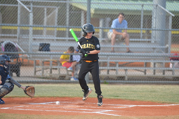 4-21-17 DBNLL Royals Pirates