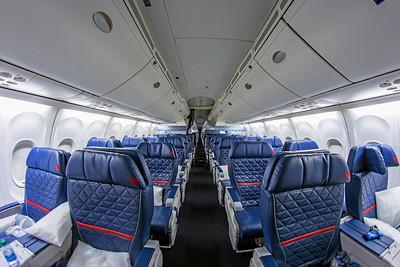 Delta Air Lines Boeing 757-232 N684DA 7-5-18 3