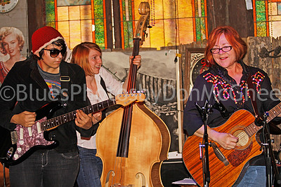 Jacqueline Nassar, Billie Feather, Pat Pepin Blues Women International Recording Project I Hopson Plantation Clarksdale MS