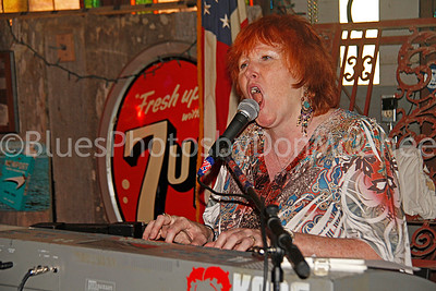 Cindy Maloney Blues Women International Recording Project I Hopson Plantation Clarksdale MS
