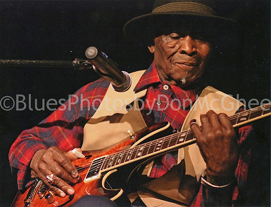 "David ""Honeyboy"" Edwards Detroit MI 2007"