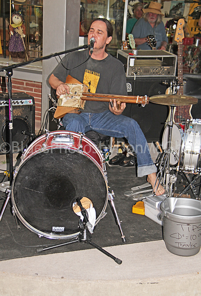 """Richard Johnson """"Hill Country Troubadour""""<br /> King Biscuit Blues Festival 2010<br /> Helena AR"""