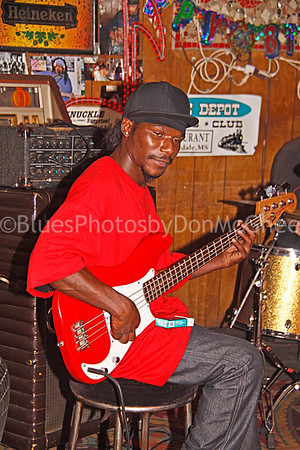 "Anthony ""Big A"" Sherrod Red's Juke Joint Clarksdale MS 2012"