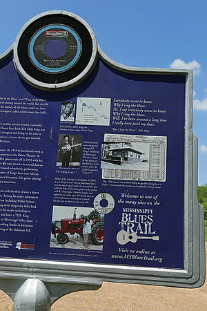B B King Birthplace Mississippi Blues Trail Marker #48 [back] Berclair MS