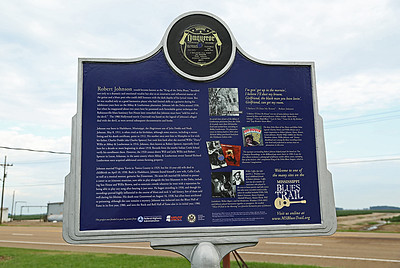 Abbay & Leatherman Mississippi Blues Trail Marker #75 [back] Robinsonville MS