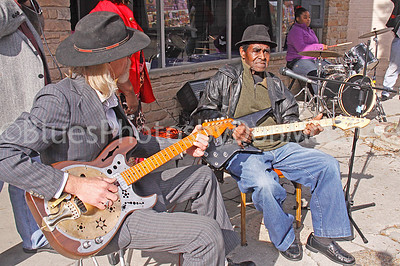 """Ronald Robbins, James Lewis Carter """"T Model"""" Ford, Stella Smith (granddaughter) Rock & Blues Museum (front), Clarksdale MS 2012"""