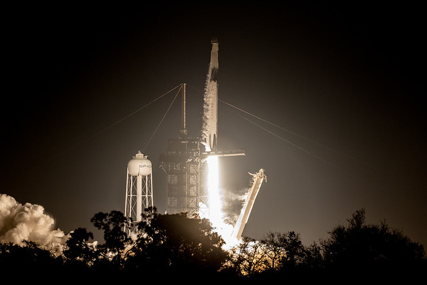 SpaceX DM1 launch