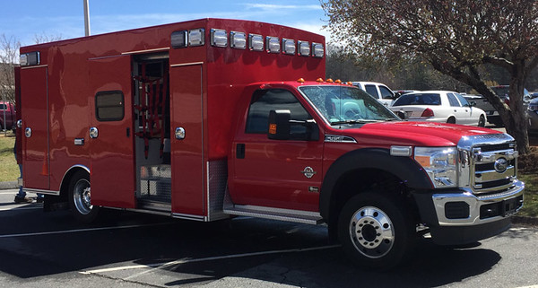 2015 Ford F-450/Braun<br /> Type-I Ambulance<br /> <br /> Andrew Messer Photo