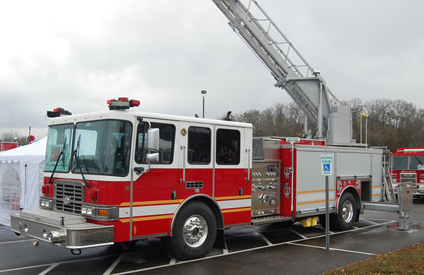 2012 HME 1871 Spectr MFD-XL/Ahrens Fox<br /> 2000/400/78' RK Aerials<br /> S/N # 22202<br /> <br /> Now serves ???<br /> <br /> Andrew Messer Photo