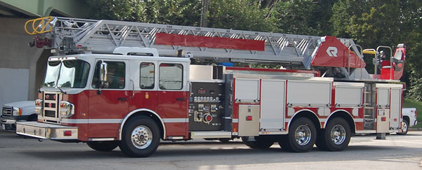 2013 Spartan Gladiator/Rosenbauer<br /> 2000/300/100' Viper<br /> S/N # 733813<br /> <br /> Andrew Messer Photo