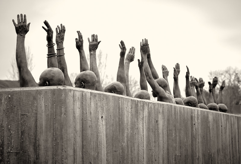 Statue of formerly enslaved people reaching for freedom 1 2019 42