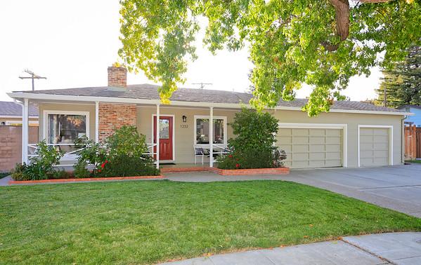1232 Carson St, Redwood City