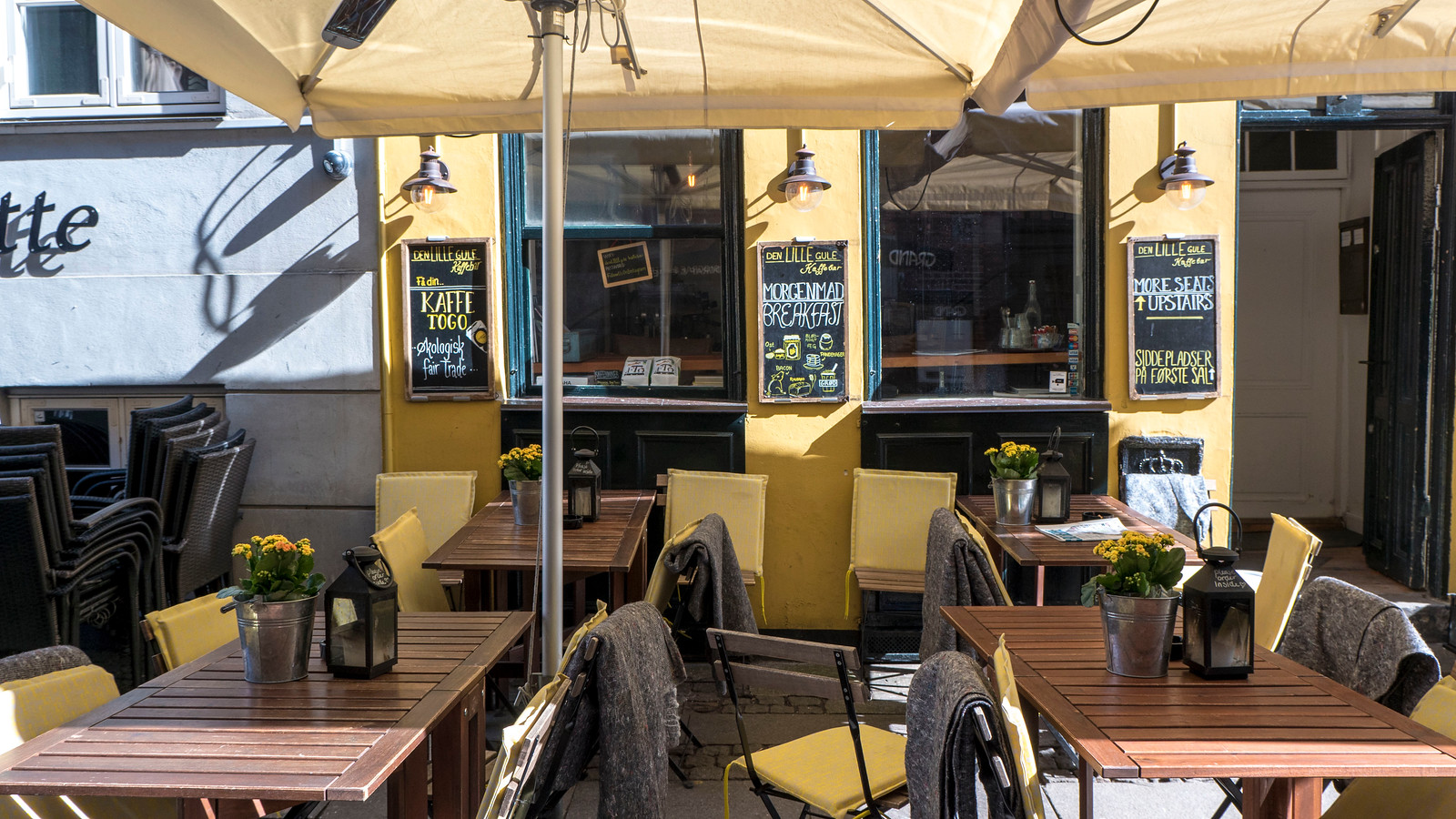 Den Lille Gule Kaffebar, or The Little Yellow Coffeebar in Copenhagen