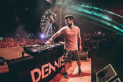 Dennis em Porto Seguro - BA