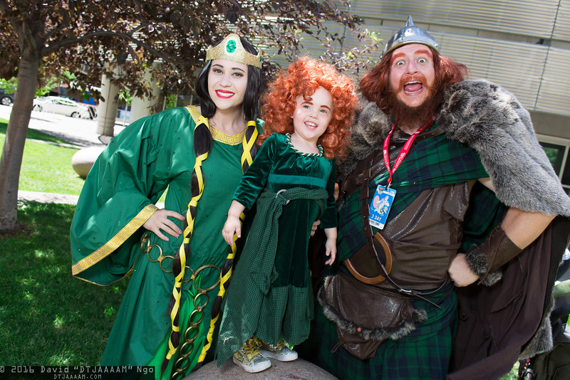 Queen Elinor, Merida, and King Fergus