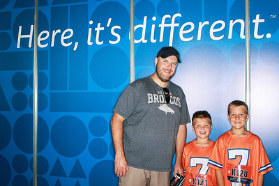 Bronco's Health & Wellness Expo 2017 at Sport's Authority Field at Mile High Stadium with Children's Hospital Colorado-SocialLight Denver Photo Booth Rental-SocialLightPhoto com-557