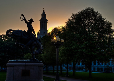 cowboy-statue-sunset-1