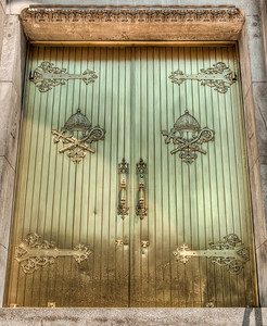 cathedral-brass-doors-2
