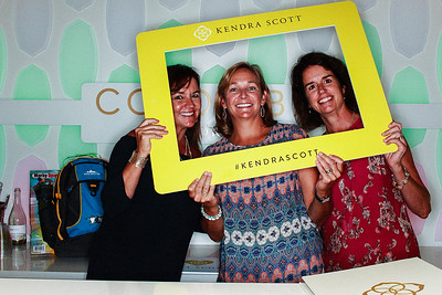 Kendra Scott Grand Opening-Boulder Photo Booth Rental-SocialLightPhoto com