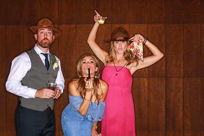 Tyler & Calley Tie The Knot At Spruce Mountain Ranch-Boulder Photo Booth Rental-SocialLightPhoto com-10