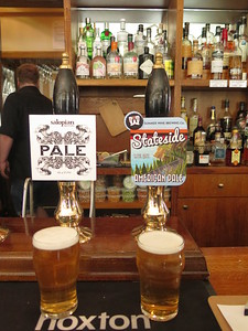 Sunday's twosome at the Tap - Salopian Pale (4.6%) and Summer Wine American Pale (4.3%).  Salopian wins on the day...