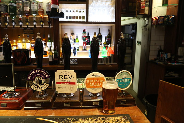 Full lineup at The Foresters, Aberdour.  The Gold failed after this which was a shame.  Winner for me was the Plum Porter