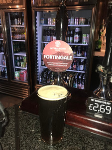 Inveralmond Fortingale 4.0% at the Standing Order living up to the chocolate and caramel billing. Tasty