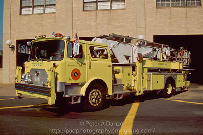 Hackensack NJ ex Tower Ladder 314 (L-1) 1974 Mack CF600/75' AerialScope