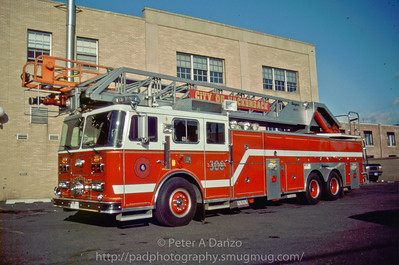 Hackensack NJ Ladder 306 (L-1...now L-2), 1990 Seagrave RA110, 110' rear mount aerial.