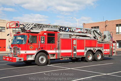 Hackensack NJ Ladder Co.1, 2003 Pierce 105' rear mount aerial (10-23-11)