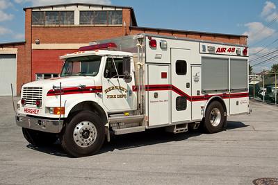 Hershey PA, Air Unit 48, 1999 International 4900/New Lexington cascade unit featuring a 33 CFM compressor and 6000 PSI cascade system.
