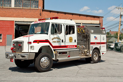 Hershey PA, Attack 48, 1998 Freightliner/S&S 4WD quick attack pumper, 750gpm/550gwt/20 gallon class A foam.