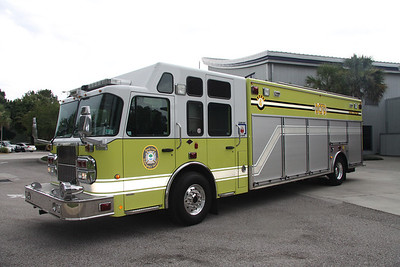 Reedy Creek Fire Rescue FL (Disney World) Squad 1, 2006 Spartan/EVI heavy rescue assigned to station 4.
