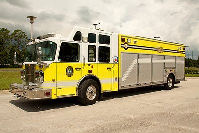 Reedy Creek Fire Rescue FL (Disney World) Squad 1, 2006 Spartan/EVI heavy rescue assigned to station 4