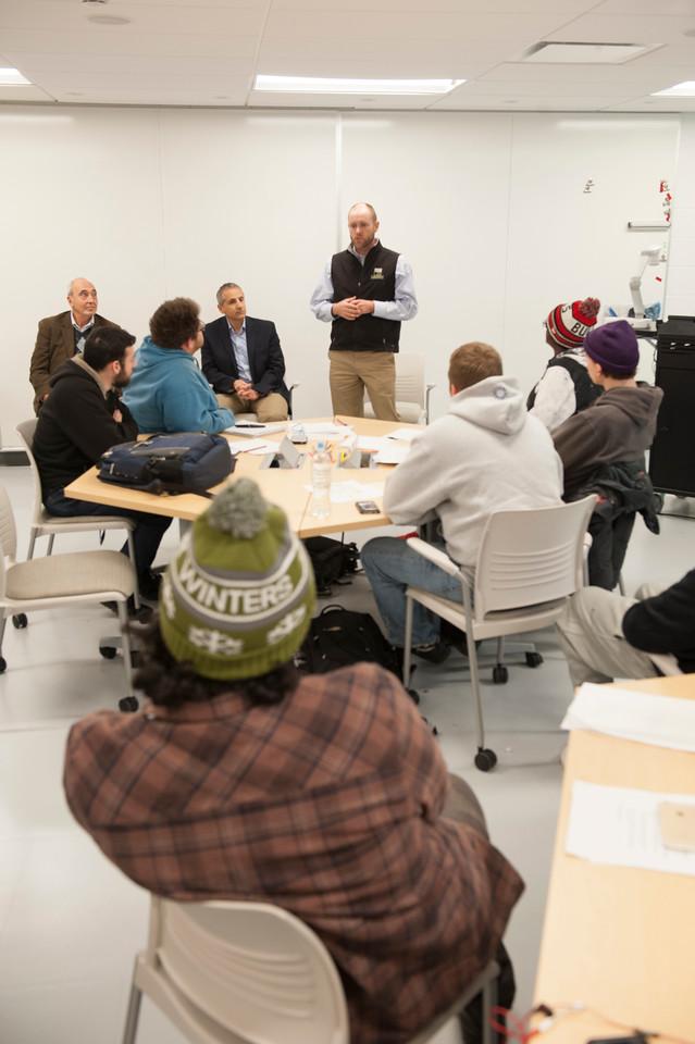 Foundation Members talk with GARP students, Nov. 2017