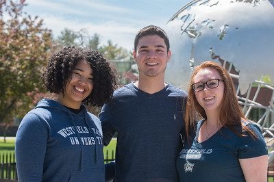 Student workers in the Westfield State Un iversity Alumni Office phone bank, May 2017