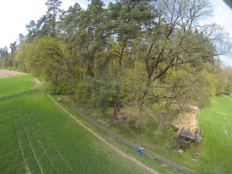 Baumklettern Sofie vom Start bis zur Landung