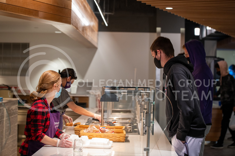 Students are served lunch on Tuesday, Feb. 9, in the newly renovated upper floor of the Derby Dining Center. The center's first floor has yet to fully open. (Sydnee Shive I Collegian Media Group).