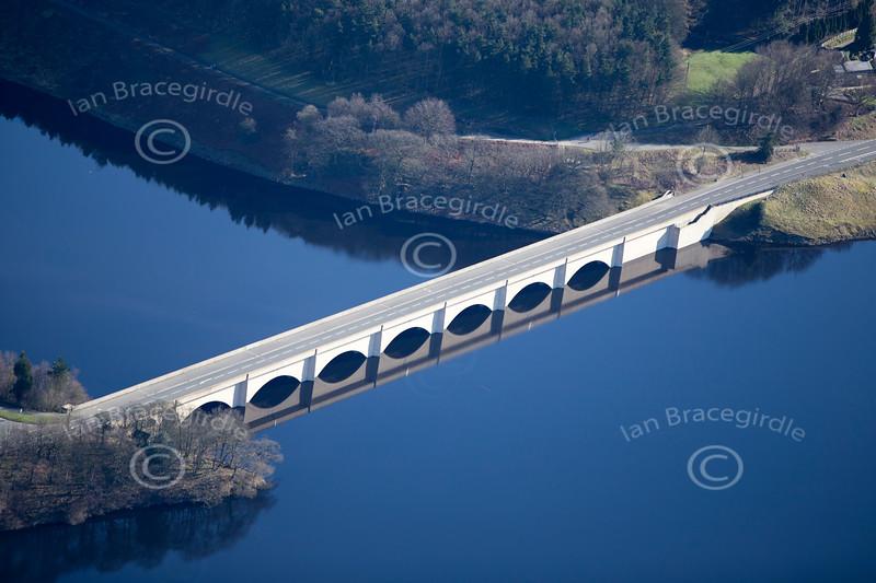 Aerial photo of bridge over Ladybower Reservoir in the Derwent Valley in Derbyshire.
