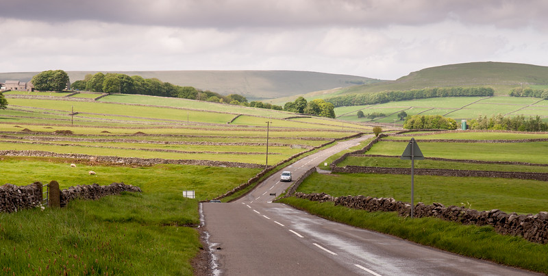 Road through the #Derbyshire White #PeakDistrict