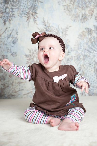 2012 08 03 Samantha 6 1-2 months-126
