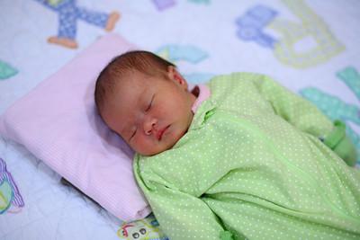 Tianna at 2 weeks
