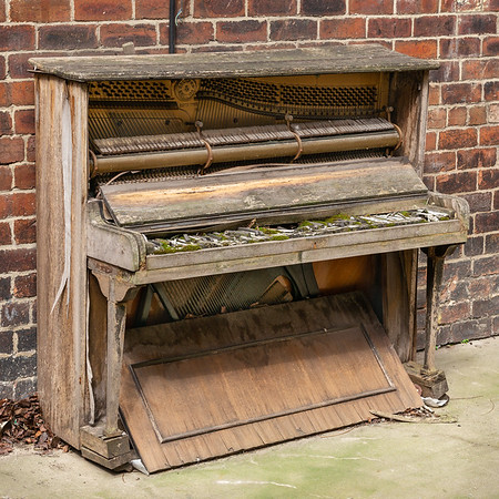 Piano - Leeds West Yorkshire UK 2019
