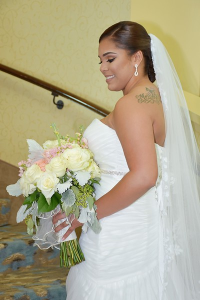 Beautiful wedding at Davis Islands Garden Club, Tampa FL