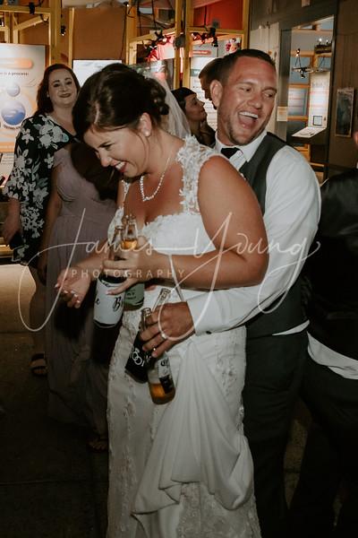 des_and_justin_wedding-2136-4.jpg