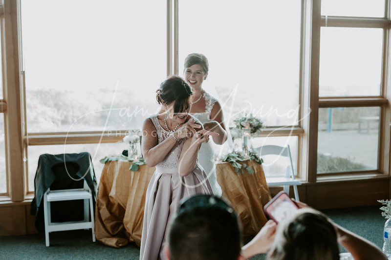 des_and_justin_wedding-2041-4.jpg