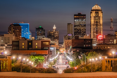 Des Moines at Night