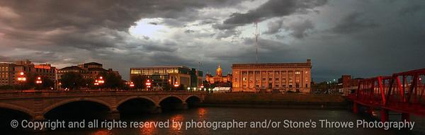 015-cityscape_sunset-dsm-05oct05-c1-8353