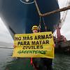 Acción de Greenpeace en Bilbao contra la venta ilegal de Armas a Arabia Saudí
